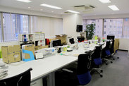 Wisteria OFFICE 雷門